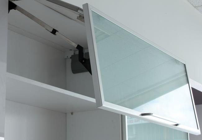 Keukenkast Met Glazen Deuren.Glazen Kastdeuren Op Maat Tips Advies