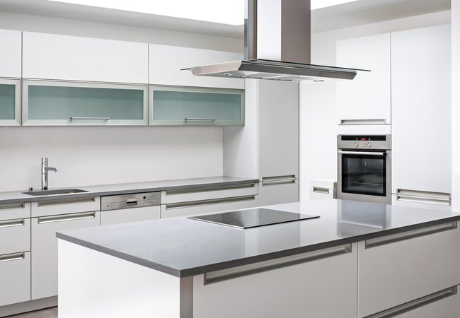 Keukenkast Met Werkblad : Glazen keukenblad glazen werkblad op maat prijs soorten